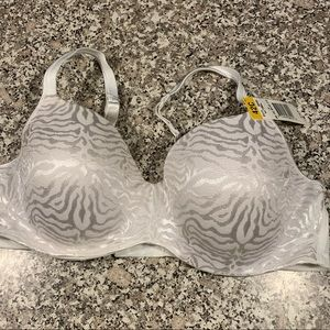 Playtex white bra size 42C new with tags
